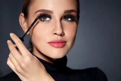 The 10 Best Mascara for Sensitive Eyes to Buy in 2020