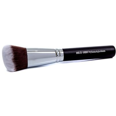 Beauty Junkees Angled Kabuki Brush