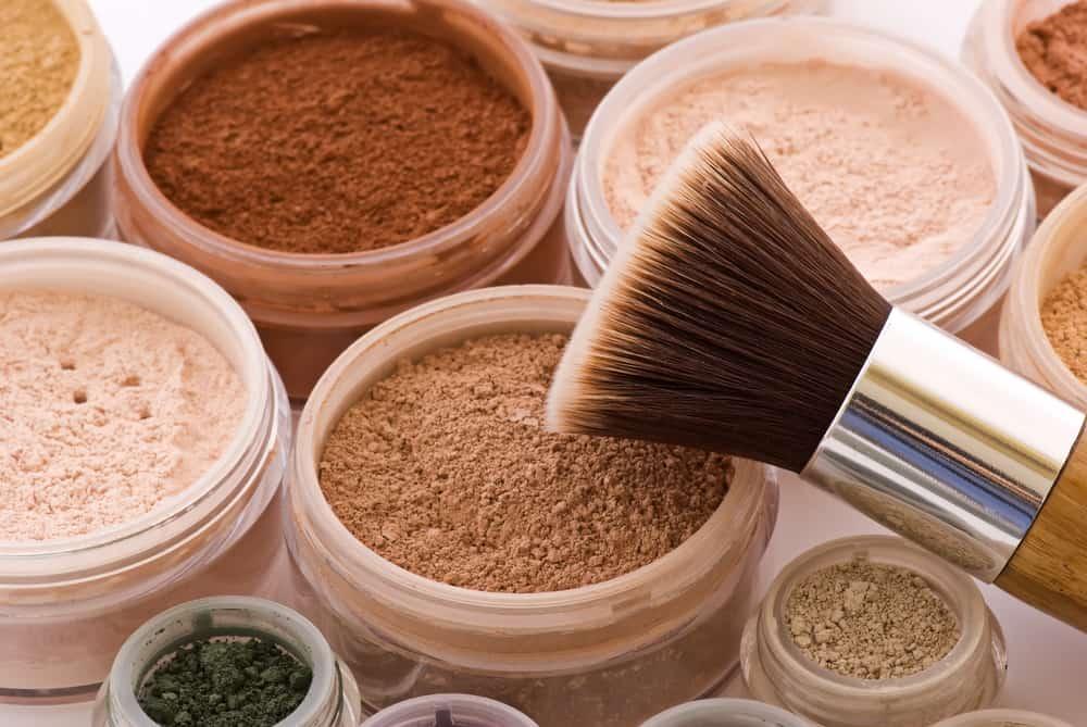 mineral makeup pots with a kabuki brush