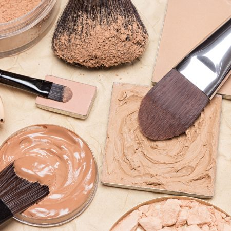 The 10 Best Natural and Organic Foundations to Buy in 2021