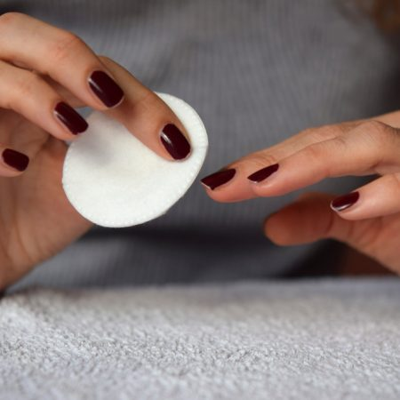 The 10 Best Nail Polish Removers to Buy in 2021