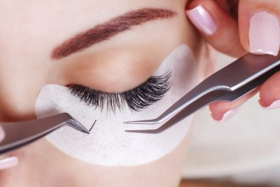 How to Remove Eyelash Extensions at Home