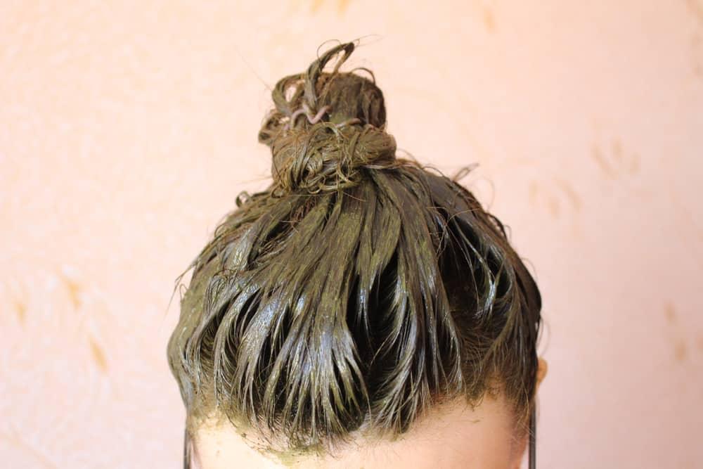 green henna paste on hair
