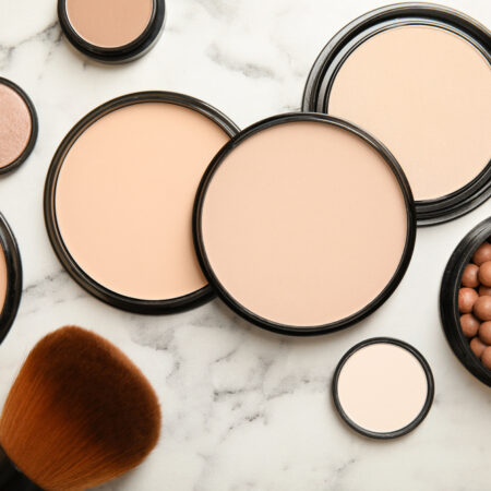 The 10 Best Pressed Powders to Buy in 2021