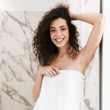 The 10 Best Shampoos for Frizzy Hair to Buy in 2021