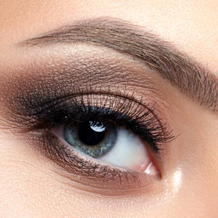 The 10 Best Eyeshadows for Blue Eyes in 2021