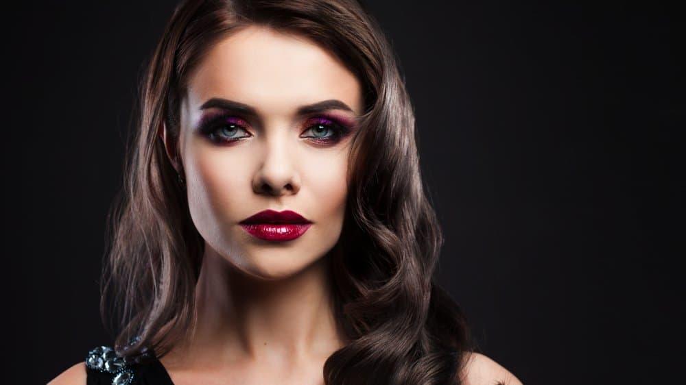 plum eyeshadow with blue eyes
