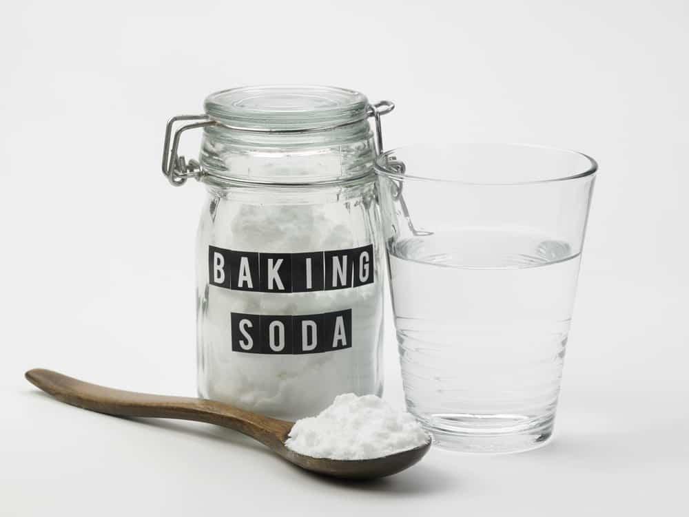 baking soda with spoon