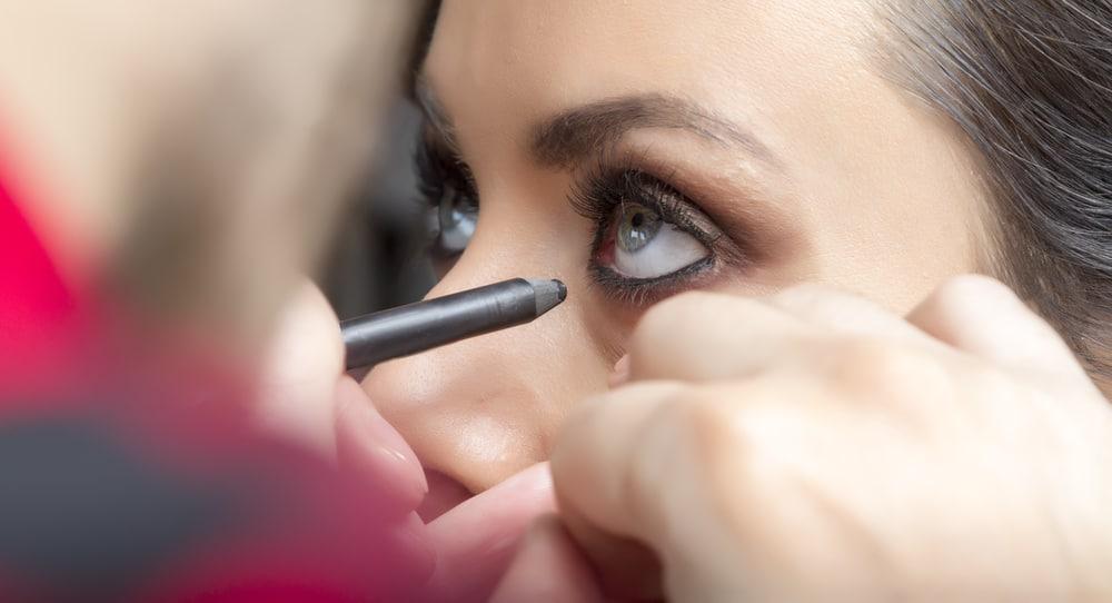 eyeliner being applied to waterline