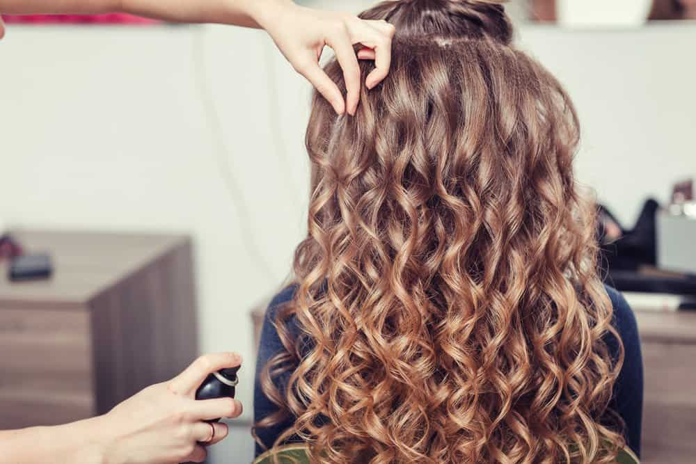 hairdresser preserving spiral curls