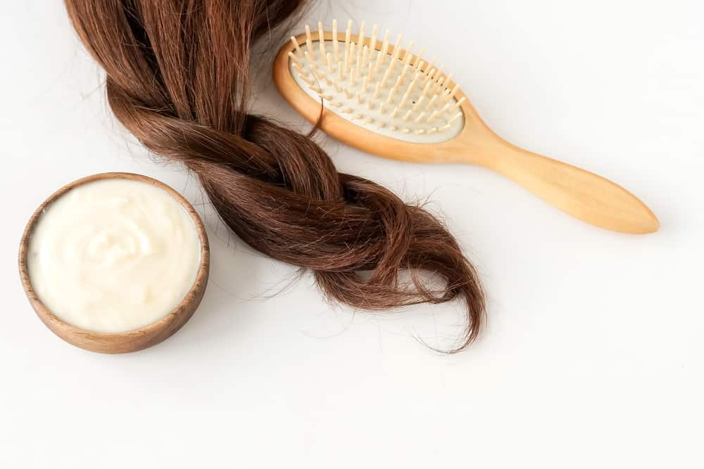 mayonnaise hair treatment with comb