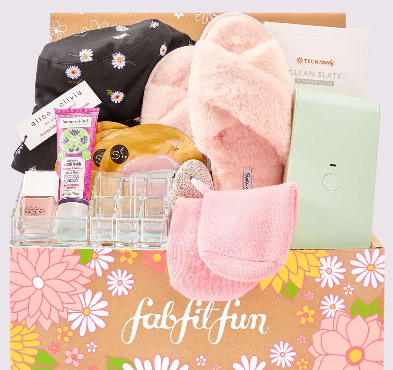 open fabfitfun box with products