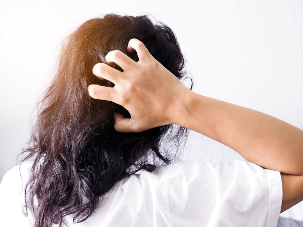 woman with hair pain
