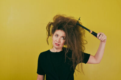 A Step-by-Step Guide on How to Get Knots Out of Hair