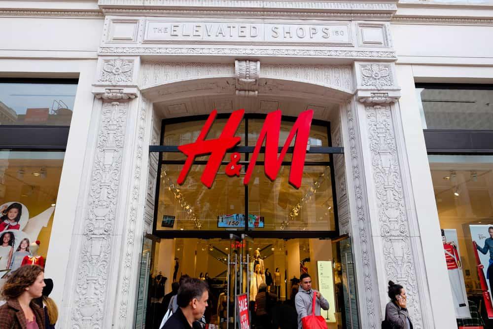 H&M storefront