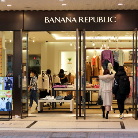 10 Stores Like Banana Republic for Professional Style