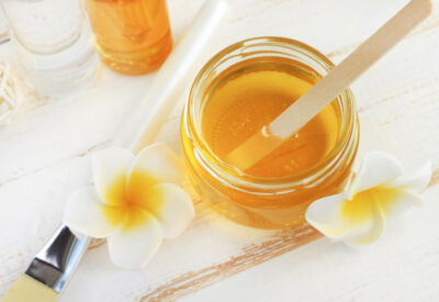 5 Simple DIY Honey Masks Made From Items in Your Pantry