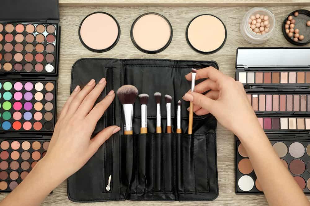 makeup brushes in organizer