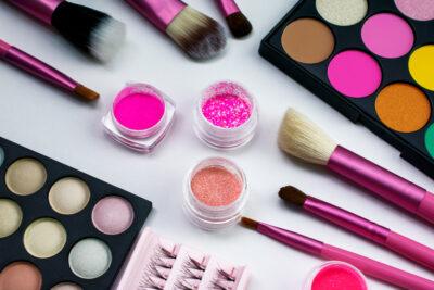 Pressed Pigment vs. Eyeshadow