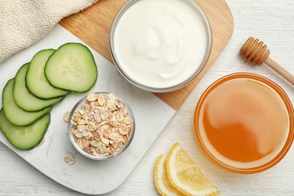 oats yogurt honey and cucumber